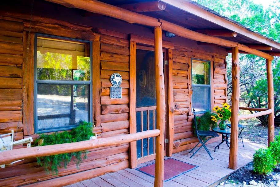 cozy cabin wimberley lodging wimberley rentals