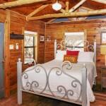 cozy-cabin05